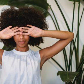women dry eyes miami
